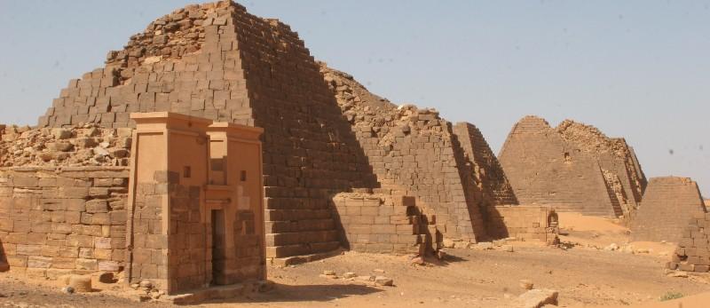 pyramid of moroe