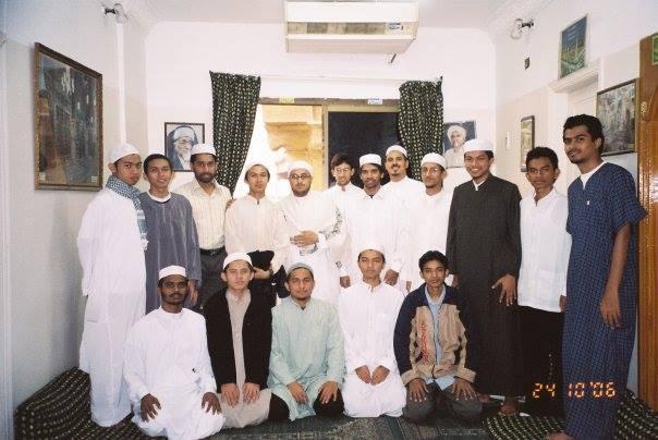teman-teman dari Indonesia dan palestina